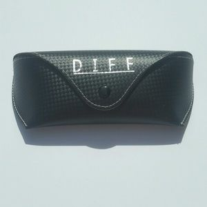 DIFF Sunglasses case New